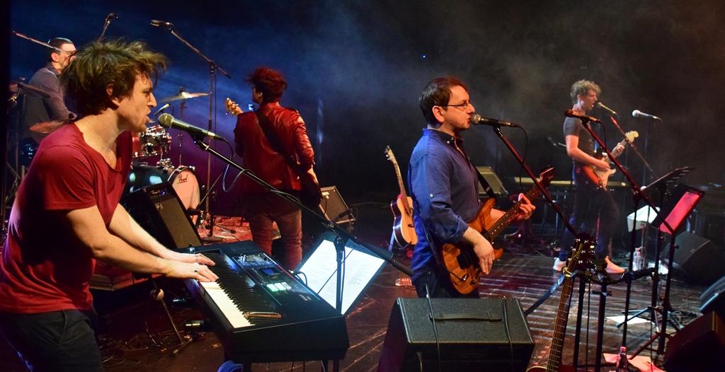 Rockzene színházban: A GRUND koncertbeszámoló