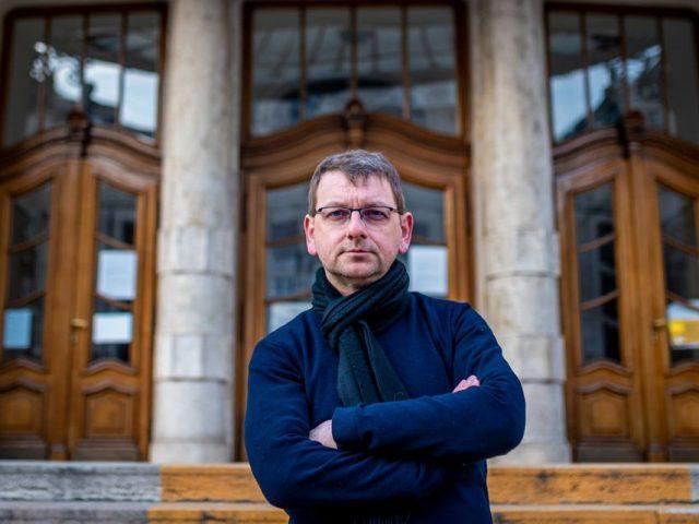 Fesztbaum Béla: Senki nem emelt kést Eszenyi Enikőre, hogy meggyilkoljuk