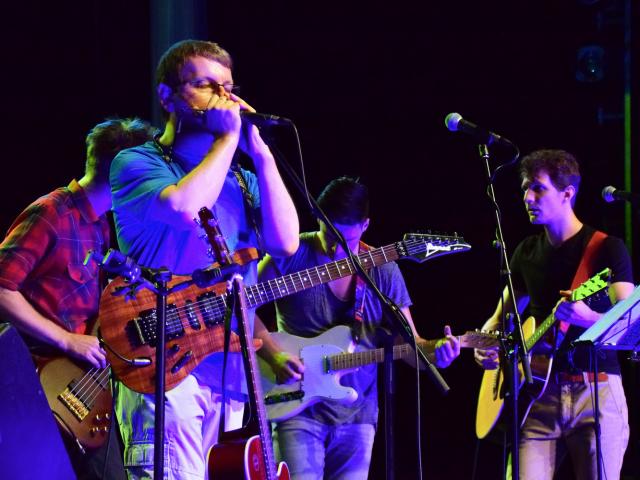 A GRUND – vígszínházi fiúzenekar koncertjei